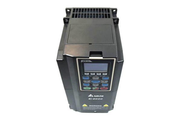 delta vfd c2000 5.5kw 7.5hp trifaze pompa surucusu vfd055c43a 3